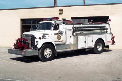 NORTHWEST FD  ENGINE 64  1973 IHC FLEETSTAR - DARLEY 750-1000