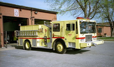 SCOTT AFB FD  ENGINE 9  KME -    TOP MOUNT PUMP CONTROL   OFFICERS SIDE