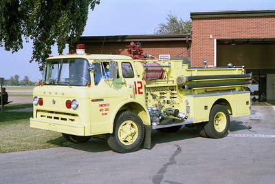 SCOTT AFB  ENGINE 12  1973 FORD C -
