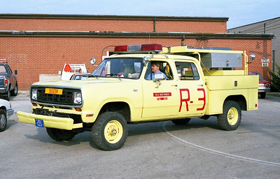 SCOTT AFB  RESCUE 3   1974 DODGE 4X4 -