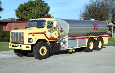 SCOTT AFB  TANKER 10  LIME GREEN