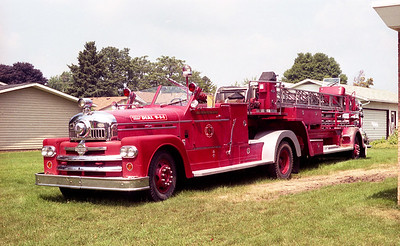 LENA FPD  TRUCK 3951  1955  SEAGRAVE   85' TDA    H-9110    X- ROCKFORD FD