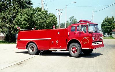 LENA FPD  TANKER 3  1971  FORD C - HOWE   300-1000   OFFICERS SIDE