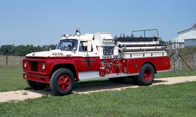 ORANGEVILLE FPD  ENGINE 1 1967  FORD F950 - JOHN BEAN   750-750