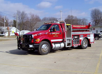 GREEN VALLEY   ENGINE 76   FORD F750 - ALEXIS   TODD HEALEY PHOTO