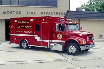 MORTON FD  AMBULANCE 2  1996  IHC 4700 - E-ONE   #15100
