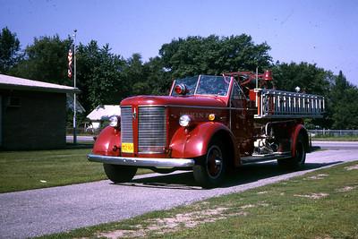PEKIN  ENGINE 3  1941 ALFCO  500-  DRIVERS SIDE  RON HEAL PHOTO