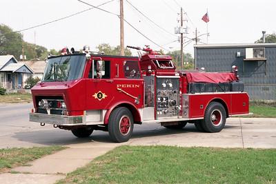 PEKIN FD,IL  ENGINE 3  1976 SPARTAN - FMC  1250-500