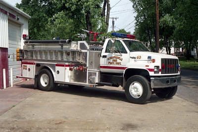 SCHAEFERVILLE ENGINE 63  GMC - E-ONE OFFICERS SIDE