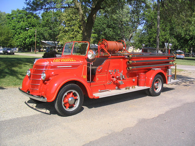 TREMONT MUSTER 044