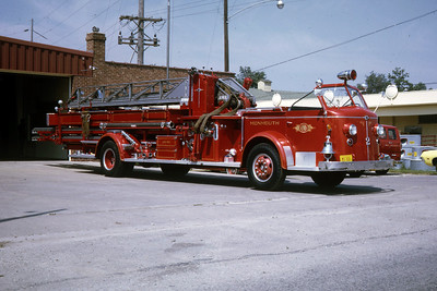 MONMOUTH  LADDER  1951 ALFCO 700  750-0-86'  RON HEAL PHOTO