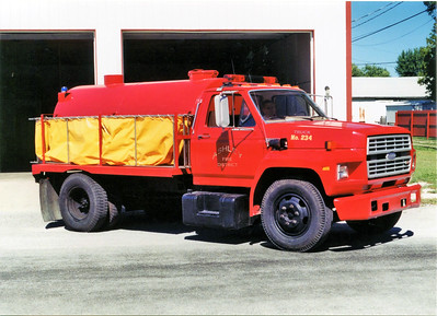 ASHLEY TANKER 234  1984 FORD F600 - MIDSTATE TANK  0-1200