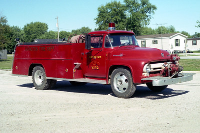 IRVINGTON  TANKER  1954 FORD F - TOWERS   500-750