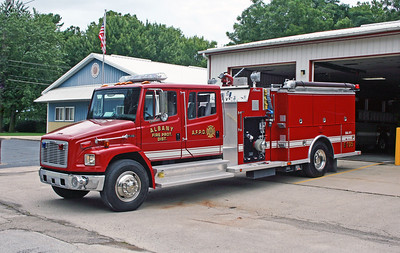 ALBANY FPD  ENGINE 105  1997 FREIGHTLINER FL80 - ALEXIS  1250-1000  #1624
