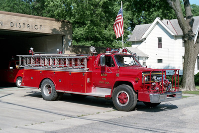 ERIE  ENGINE 3    1976 CHEVY C65 - ALEXIS  750-1000  #1129