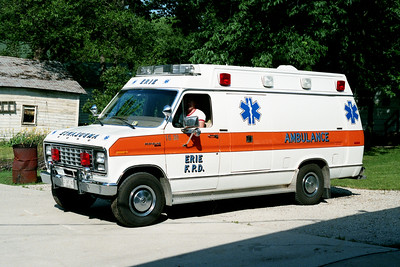 ERIE  AMBULANCE 1-G-30   FORD E350 -