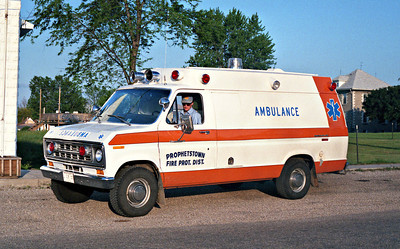 PROPHETSTOWN  HOOPPOLE UNIT  AMBULANCE  WHITE ORANGE STRIPE