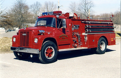 CAMBRIA  ENGINE 2   IHC LOADSTAR - TOWERS     FRANK WEGLOSKI PHOTO