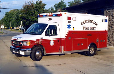 CARTERVILLE  AMBULANCE 5-R-23   2001 FORD E350 - MEDTEC FRANK WEGLOSKI PHOTO