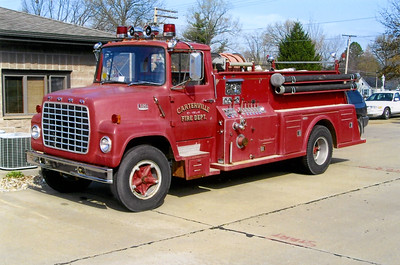 CARTERVILLE  ENGINE     FORD L800 - TOWERS  FRANK WEGLOSKI PHOTO