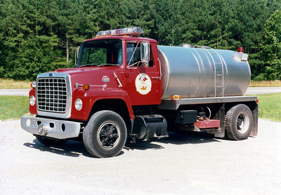 WILLIAMSON COUNTY TANKER   FORD L