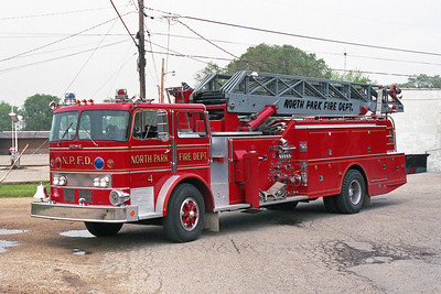 NORTH PARK FPD  TRUCK 854  1969 IHC-HOWE-GROVE  1000-0-100'