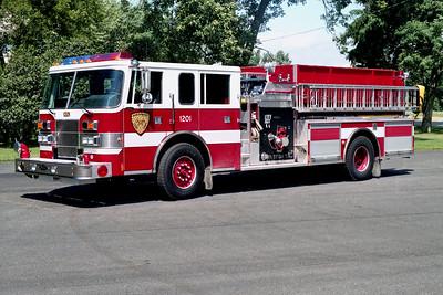 NORTHWEST FPD  ENGINE 1201  1998  PIERCE SABER   1250-1000