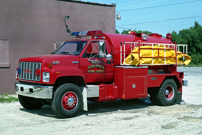 WEST SUBURBAN  TANKER 1711   GMC TOPKICK-LUVERNE