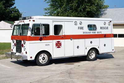 WINNEBAGO COUNTY FPD  RESCUE 1641  1975 FORD -1978 WELCH