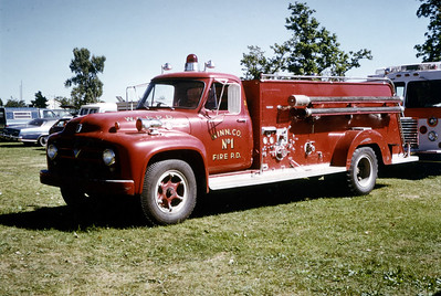 WINNEBAGO FPD  ENGINE 1601  1958  FORD F - JOHN BEAN   500-500        JDS COLLECTION