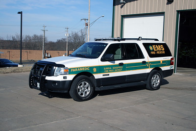 EUREKA - GOODFIELD FPD  EMS CAR  FORD EXPEDITION