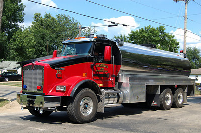 WASHBURN FPD TANKER 301  2013 KENWORTH T-800 - ALEXIS 0-5000  # 2192  BILL FRICKER PHOTO