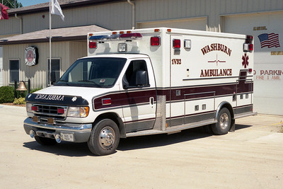 WASHBURN AMBULANCE 1-V-32   FORD E - MEDTEC