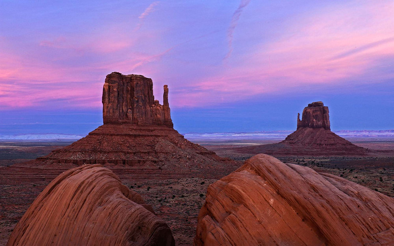 """MITTENS SUNSET"" (Monument Valley, AZ)"