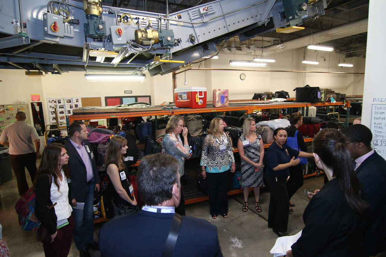 What's Behind the Scenes? Attendees Get Glimpse Through MeetingsCentric Tour on Smart Monday