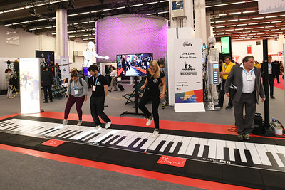 The Piano Man, Live Zone, Hall 9