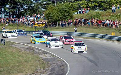 Race Start (Photo 1/2).
