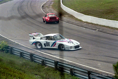 No.86 Hurley Haywood & Bruce Leven.