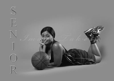 Janele Price Senior bw