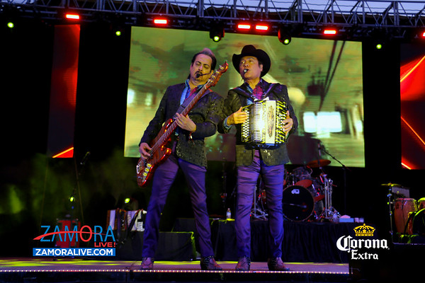 Los Tigres del Norte (Jaripeo) - Indianapolis Speedrome / May 28, 2018