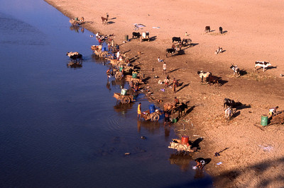 WASH DAY - SOUTHERN MADAGASCAR