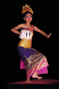 LEGONG DANCE - UBUD PALACE