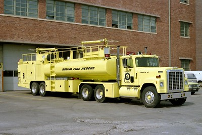 BOEING FIRE RESCUE KS  TRUCK 8  1980  IHC TRANSTAR 4300 - GIBSON   2000-5000-450F (2)