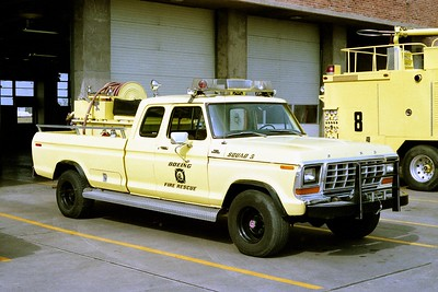 BOEING FIRE RESCUE KS  SQUAD 5  1979  FORD F150 4X4 4X4 - FD BUILT