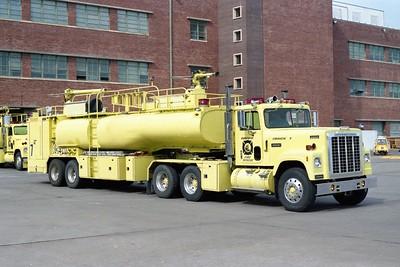 BOEING FIRE RESCUE KS  TRUCK 7  1980  IHC TRANSTAR 4300 - GIBSON   2000-5000-450F (2)