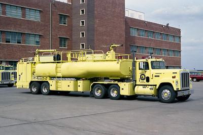 BOEING FIRE RESCUE KS  TRUCK 7  1980  IHC TRANSTAR 4300 - GIBSON   2000-5000-450F (3)