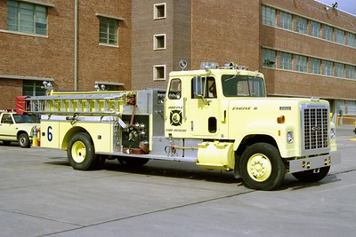 BOEING FIRE RESCUE KS  ENGINE 6  IHC TRANSTAR 4300 - PIERCE