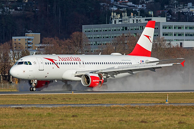 Austrian Airlines Airbus A320-214 OE-LBW 12-14-19
