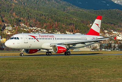 Austrian Airlines Airbus A320-214 OE-LBW 12-14-19 6