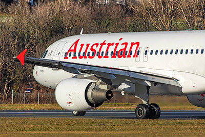 Austrian Airlines Airbus A320-214 OE-LBM 12-14-19 5